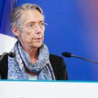 Elisabeth Borne lors d'une conférence sur les véhicules électriques en octobre 2019.