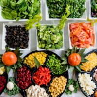 Des légumes et des fruits.